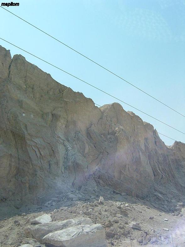 Мертвое море. Соляные горы