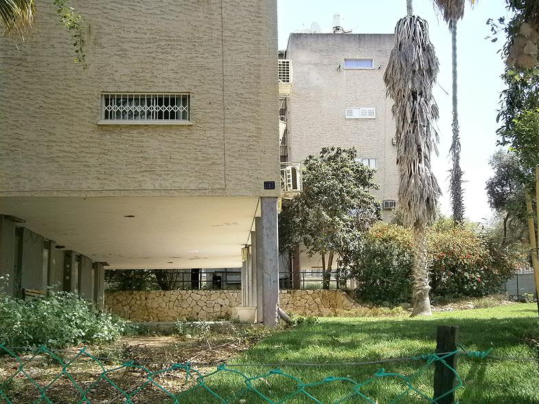 Kiryat Ata. Assaf Simhoni street