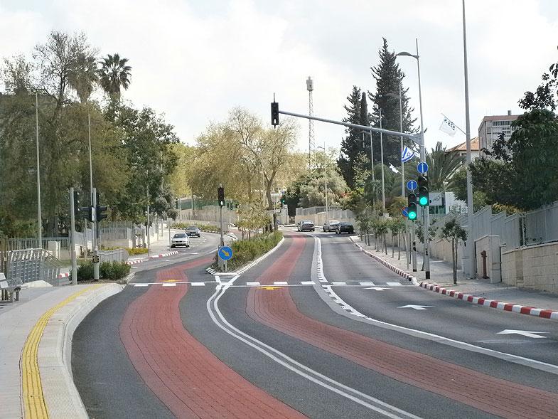Kiryat Ata. Sderot Yoseftal