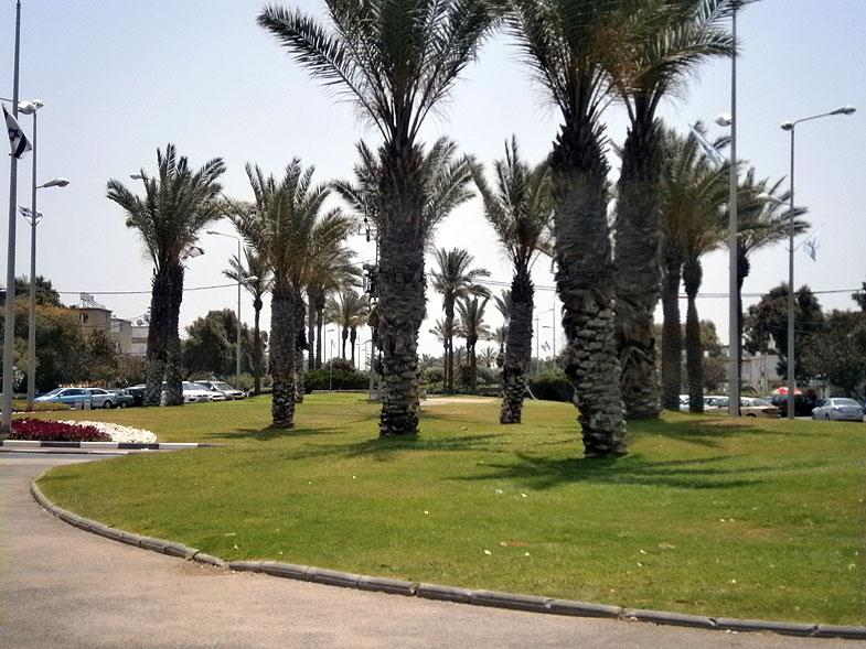 Kiryat Haim. Sderot Deganya