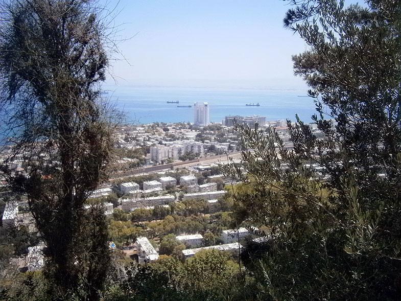 Хайфа. Спуск по горе Кармель