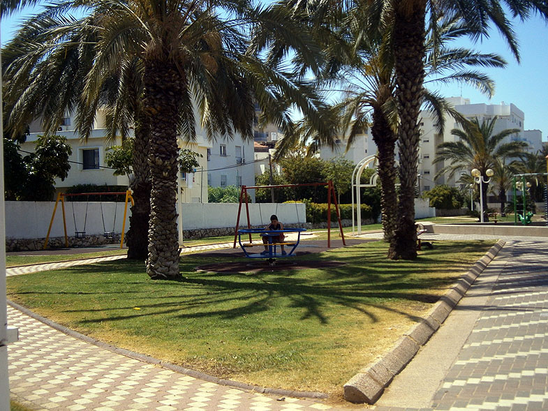 Nahariya, Нагария. Photo:  Netzah.org (c)