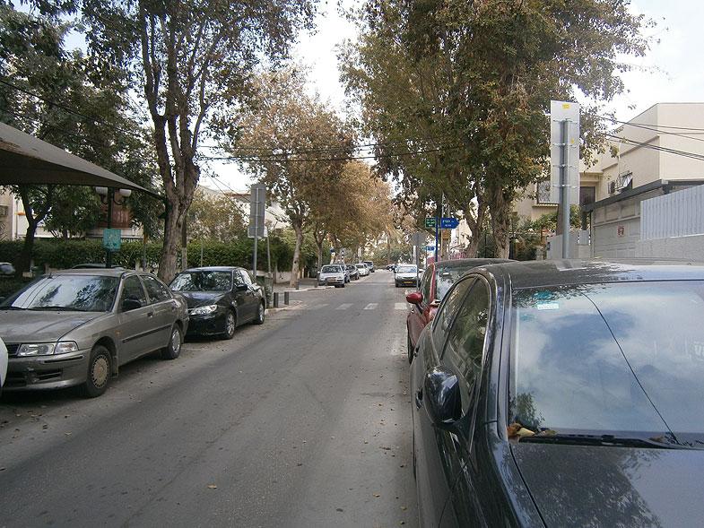 Tel Aviv. Bitzaron