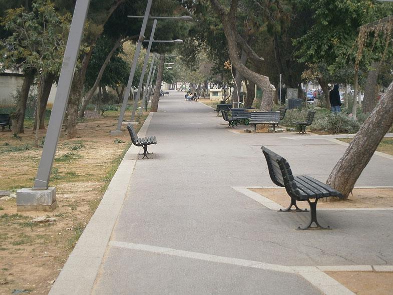 Тель-Авив. Сдерот ха-Хасала